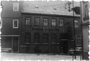Die ersten Praxisräume befanden sich im ersten Stock der Gaststätte.